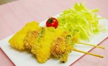 ミニウインナーと季節野菜の串揚げ