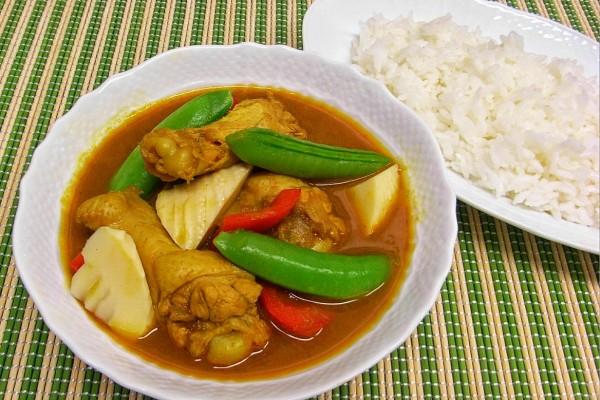 チキンと春野菜のスープカレー