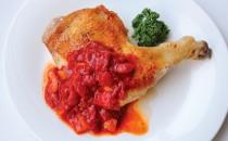 フライパンでローストチキン トマトソース添え