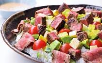 牛ヒレステーキの彩りちらし寿司