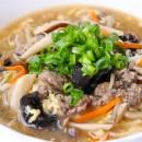 牛肉ときのこの具だくさん酸辣湯スープ