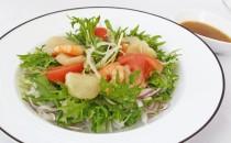 北海道帆立と海老のわさび風味サラダ