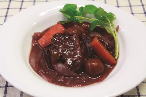 牛肉やわらか赤ワイン煮